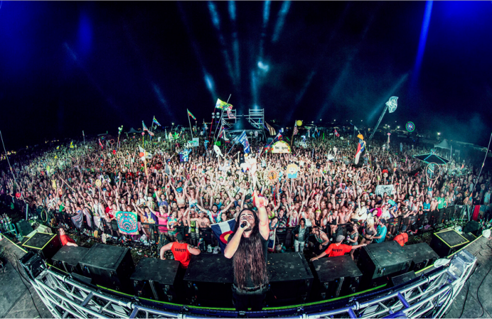 bassnectar-wakarusa-family-photo