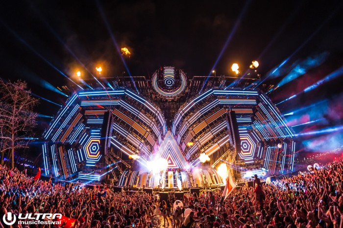 Ultra Music Festival Main Stage/Photo by Amol Raval