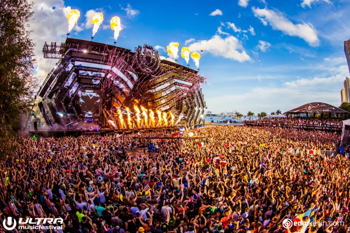 Ultra Music Festival Main Stage/Photo by Kevin Verkruijssen