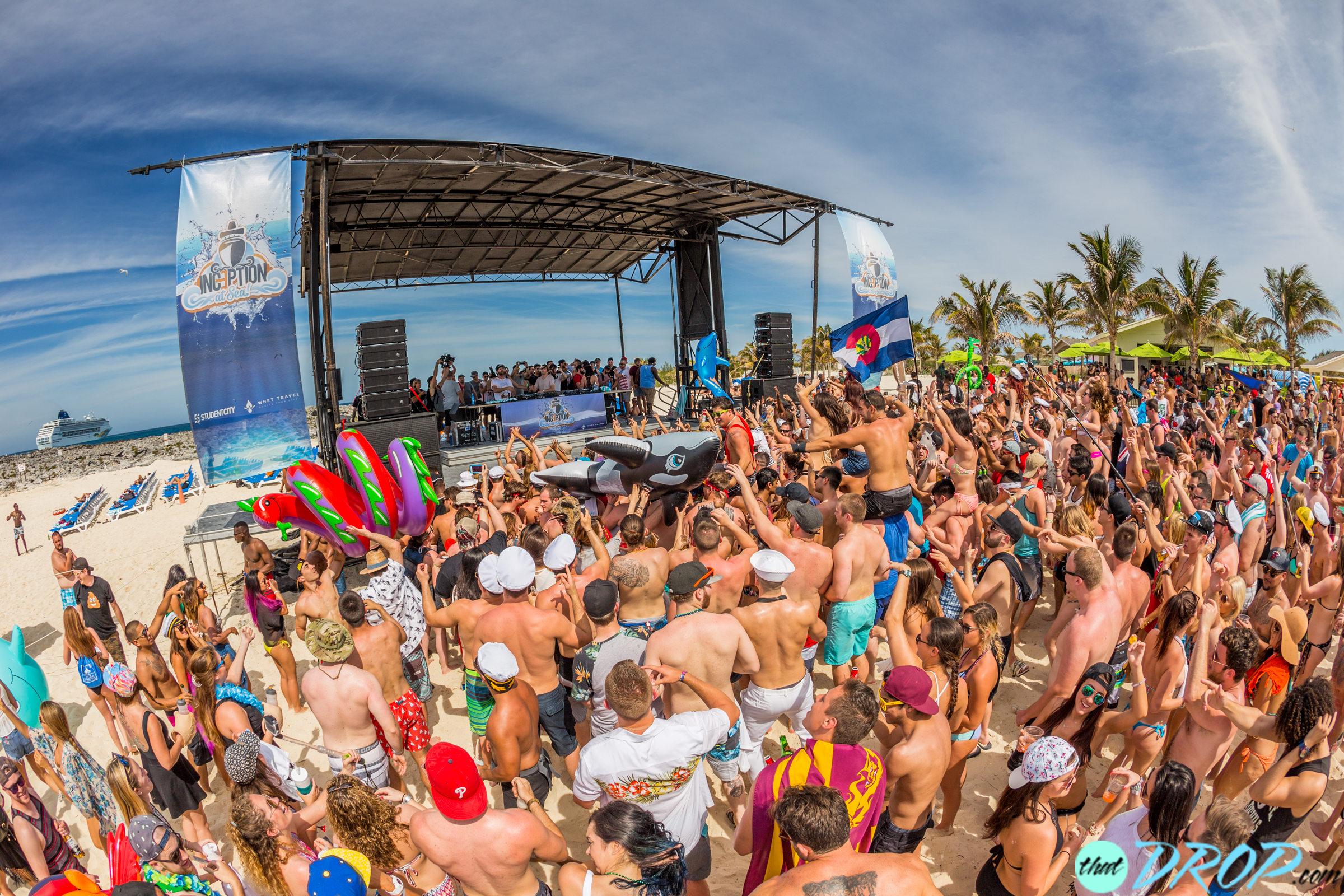 Bahamas Party in FULL SWING