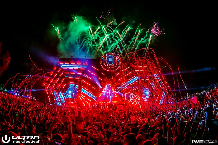 Ultra Music Festival Main Stage / Photo by Philippe Wuyts