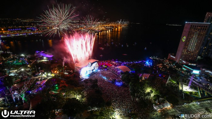 Ultra Music Festival Aerial Shot / Photo by Rudgr