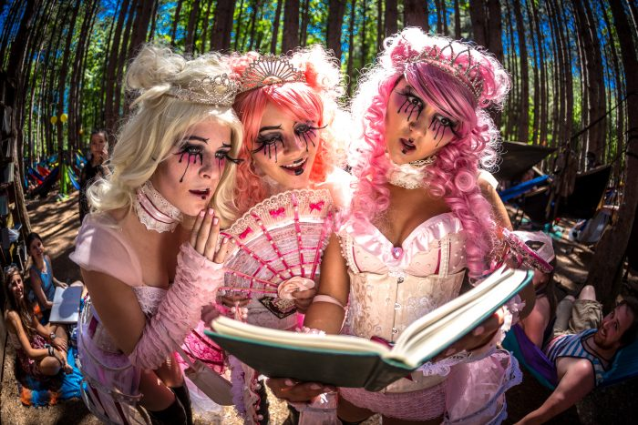 I Asked the Ladies to Read me a Fairytale